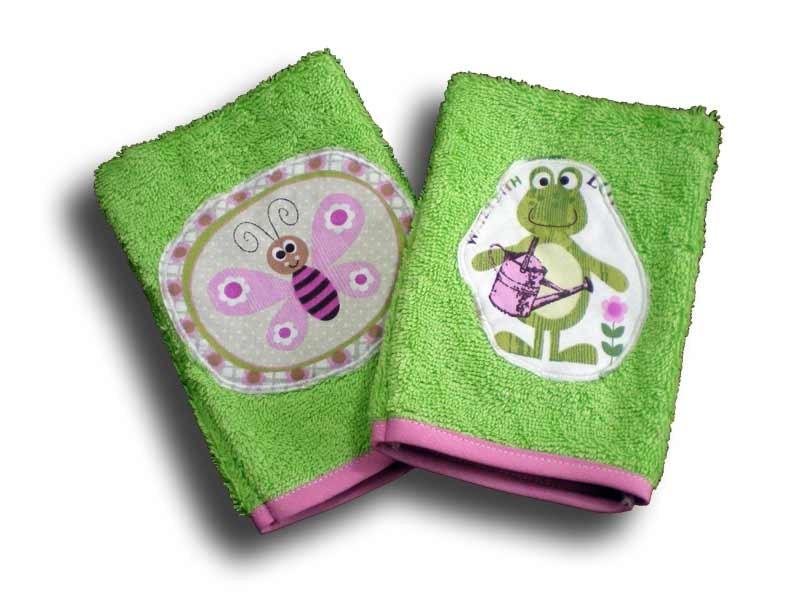 Deux Gants de Toilette Enfant - Motifs Papillon et Grenouille