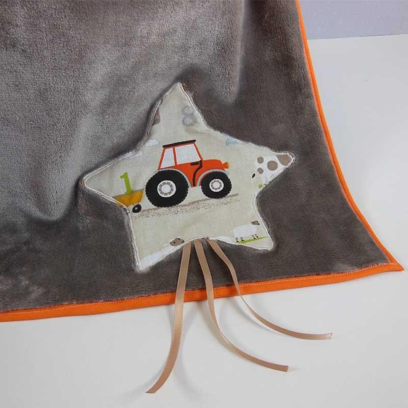 Couverture Lit Bébé Garçon - Motif La Ferme Tracteur