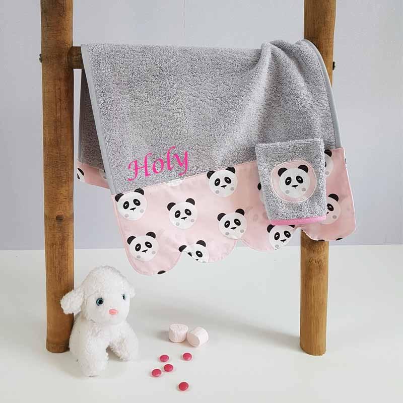Serviette de Bain Bébé Brodée - Motif Panda Rose