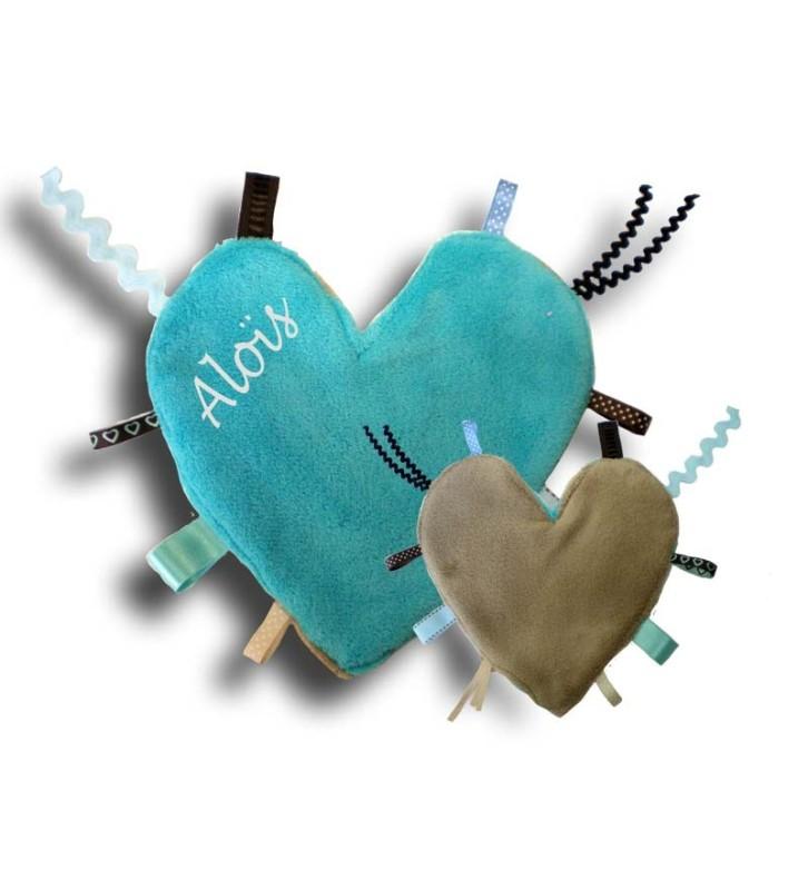 Doudou étiquettes turquoise-beige en forme de coeur
