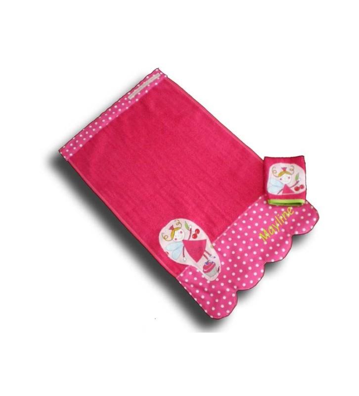 Serviette de toilette bébé personnalisée Fée rose