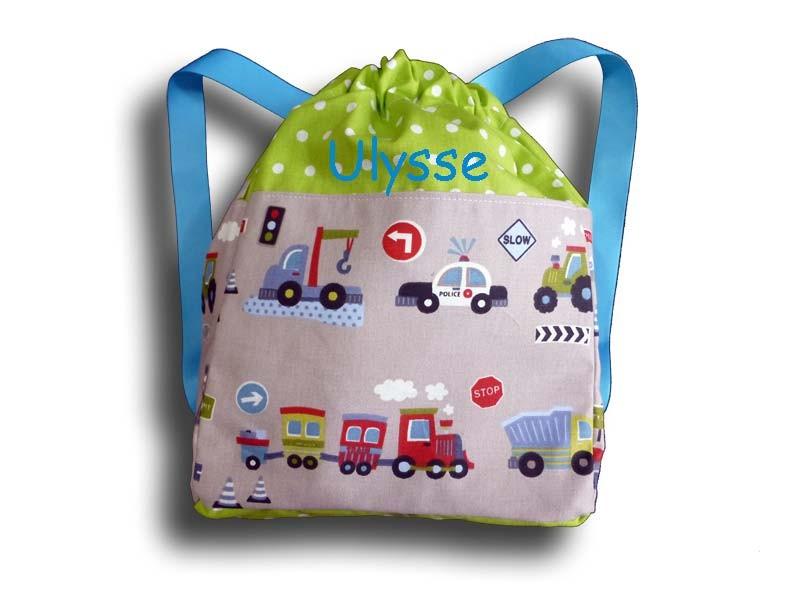 sac à dos motif voitures et camions