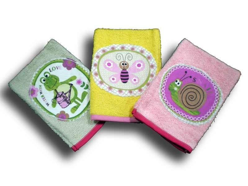 3 gants de toilette enfant motifs Bestioles du Jardin