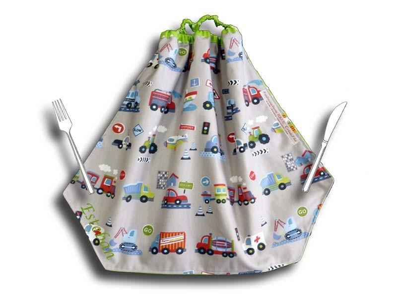 Serviette de table maternelle - Motifs Voitures et Camions